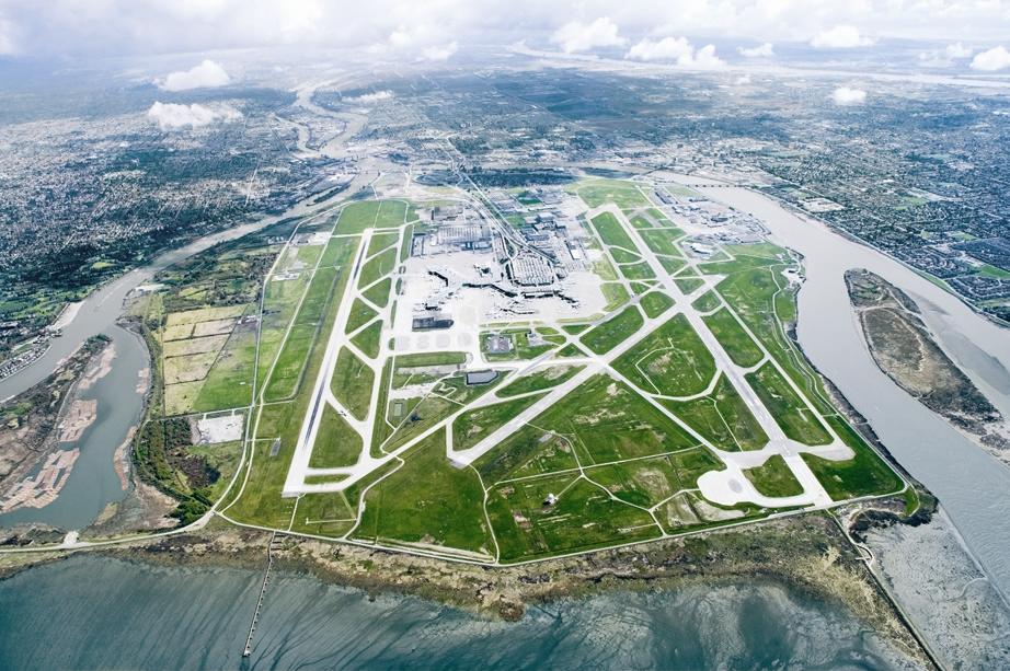 Island Air News
